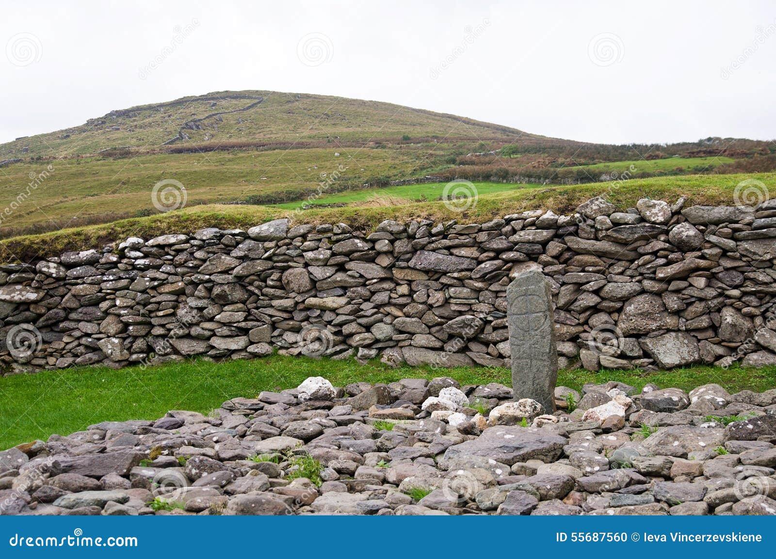Croix dans la pierre