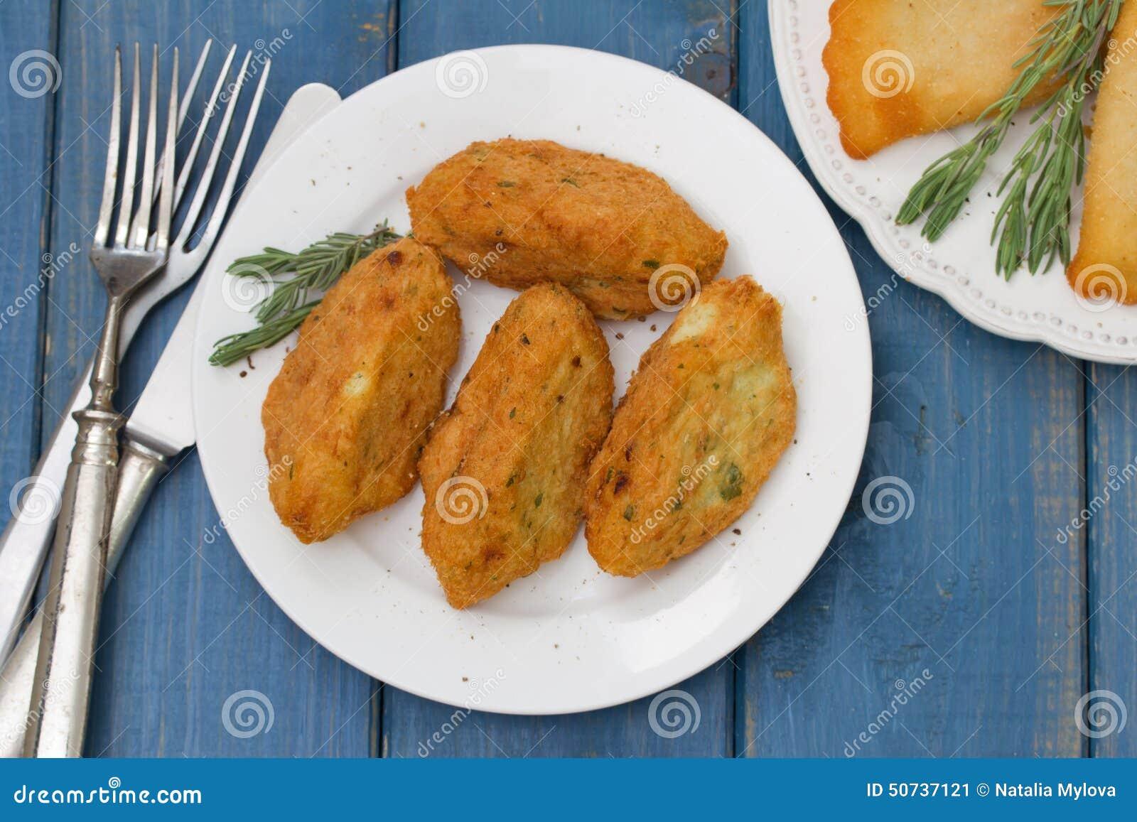 Croquettes de poissons de plat