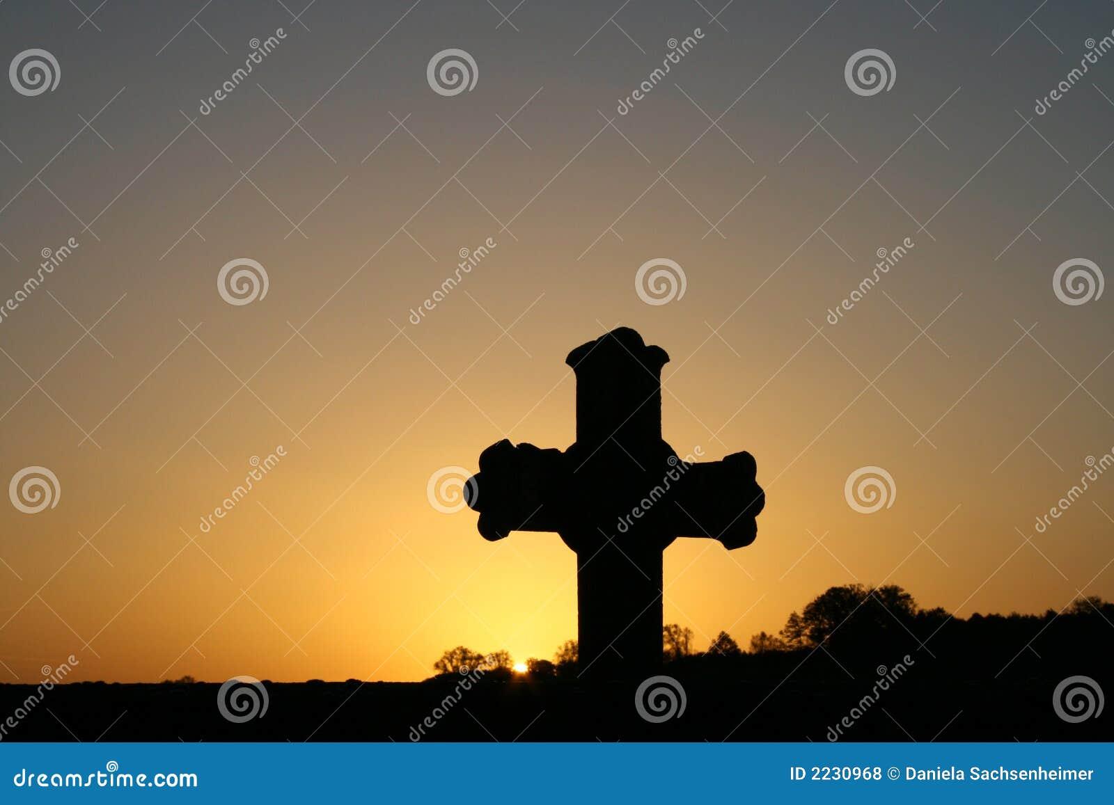 Cross wschód słońca