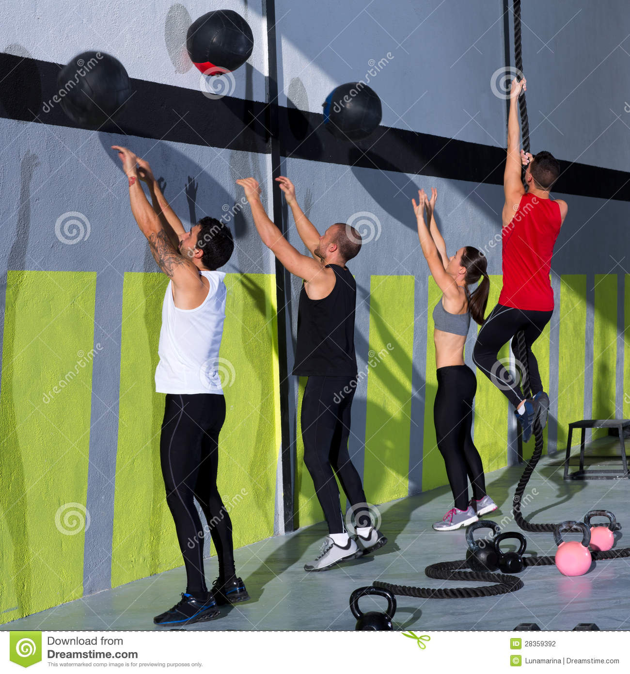 Workout Photography: Crossfit Workout People Group With Wall Balls And Rope