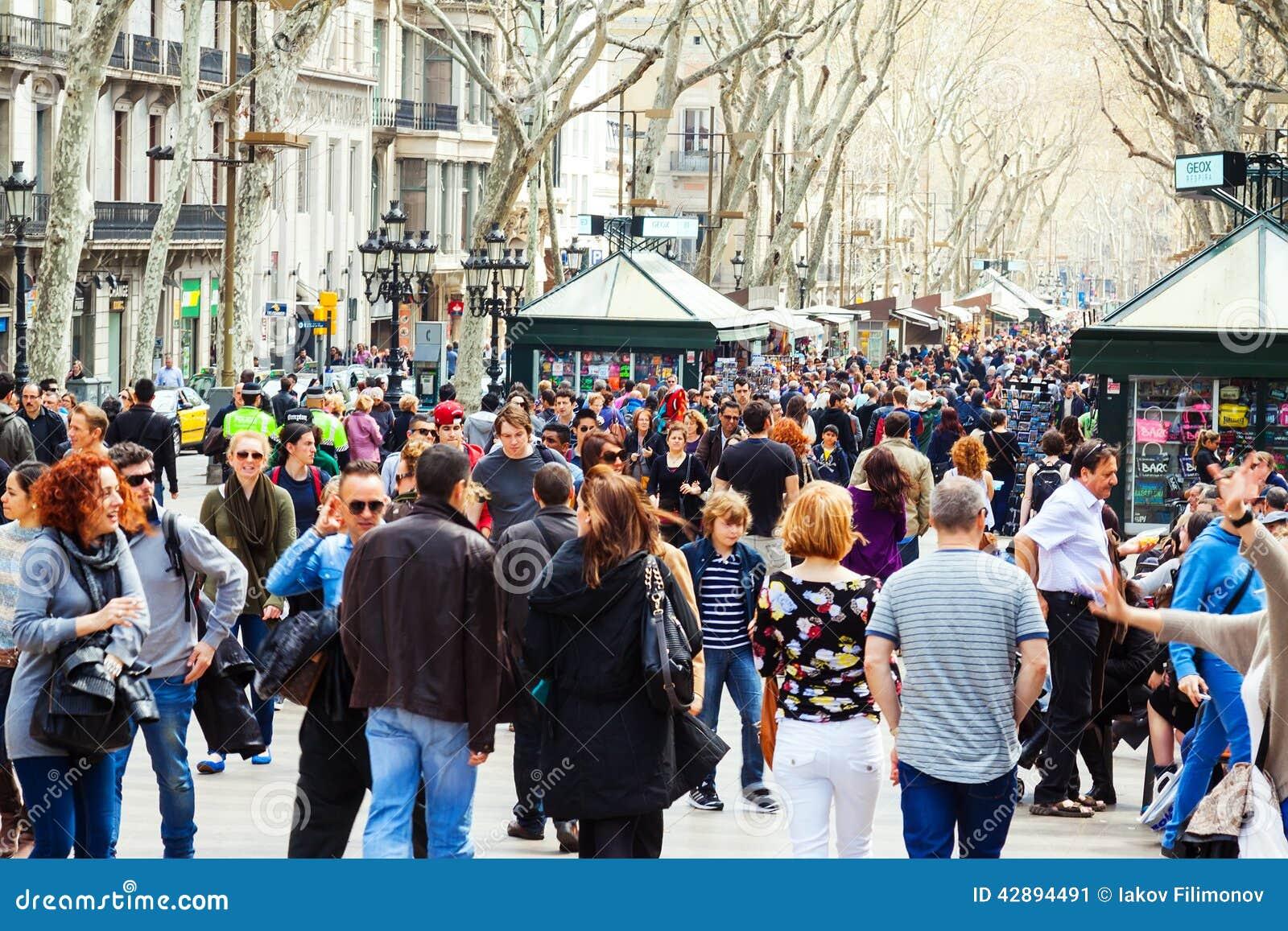 Crowd Of People At Rambla, Barcelona Editorial Photo - Image: 42894491