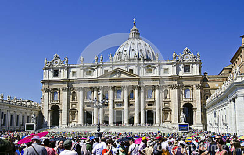 Crowd People - Vatican City Editorial Photography - Image ...
