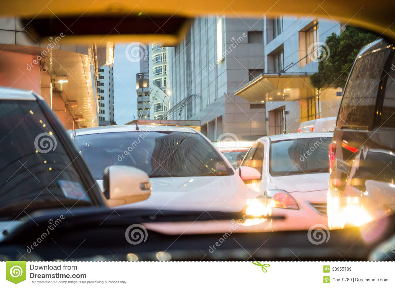 Fotos De Stock Chat9780: Crowded Car In The Evening Royalty Free Stock Images