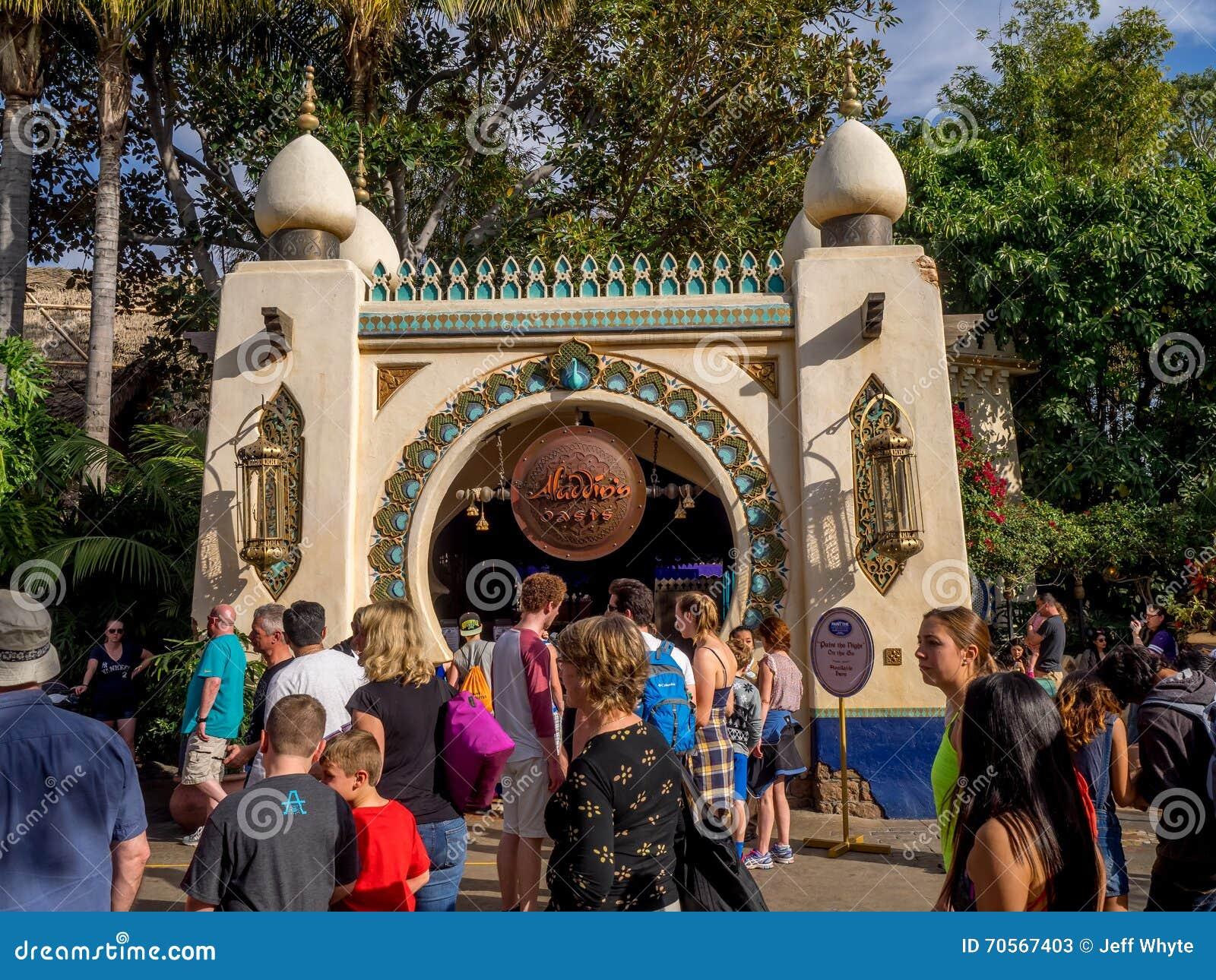 Crowds In Adventureland At Disneyland Park Editorial Stock