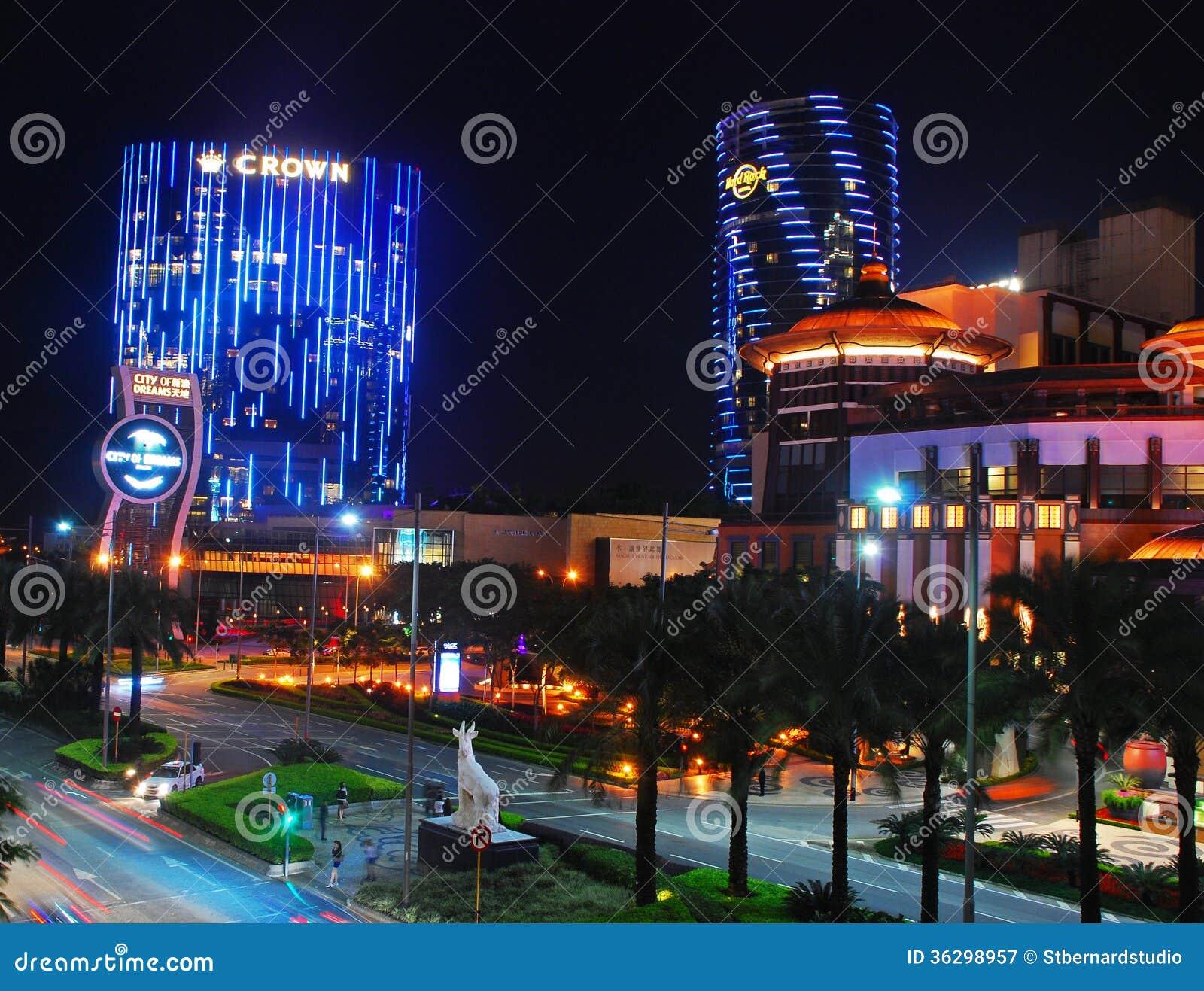 Crown casino closing times