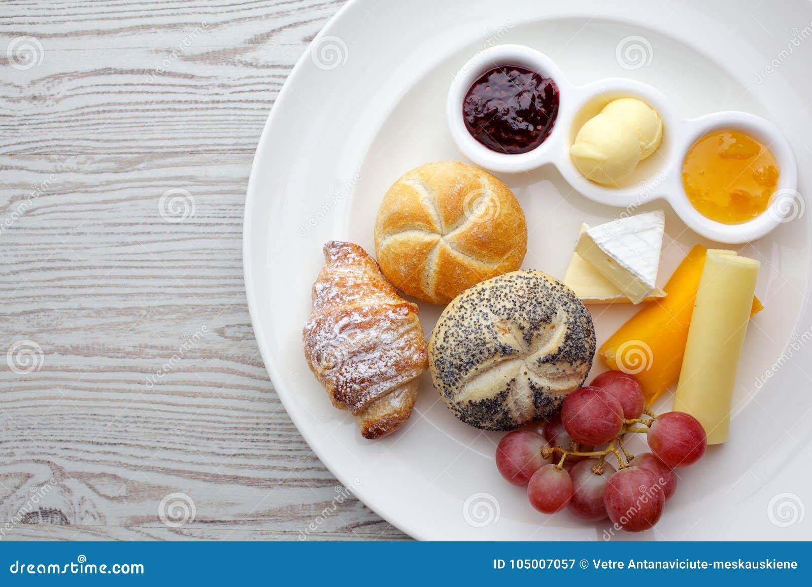 comidas del dia en frances