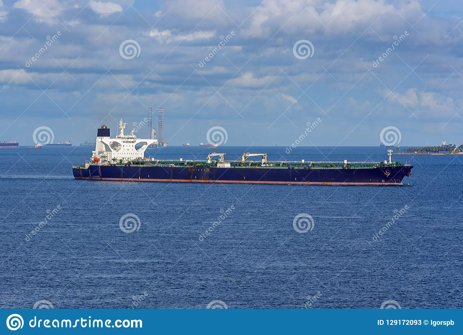 Crude Oil Tanker In Singapore Strait Stock Image - Image of