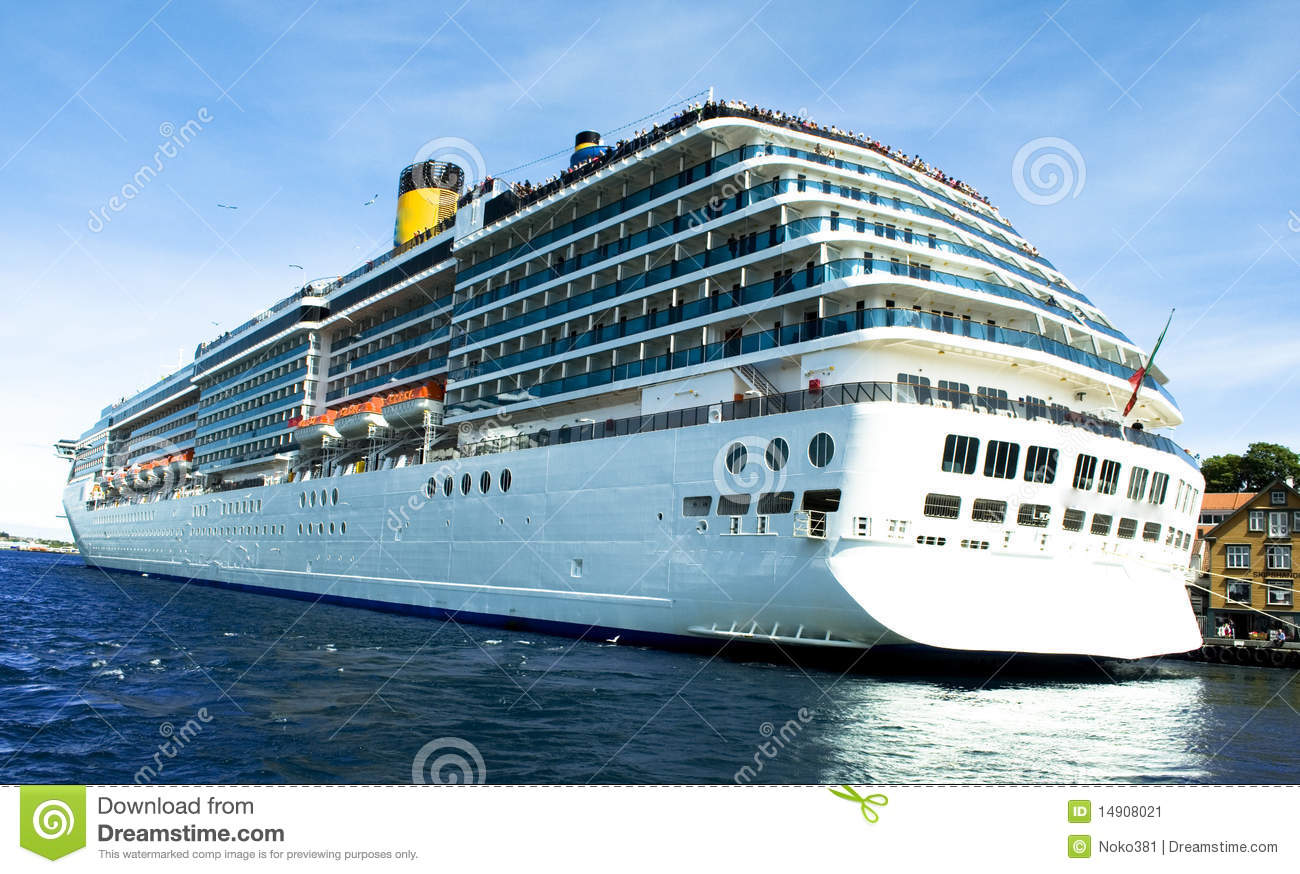 The competitive nature of the cruising industry tourism essay