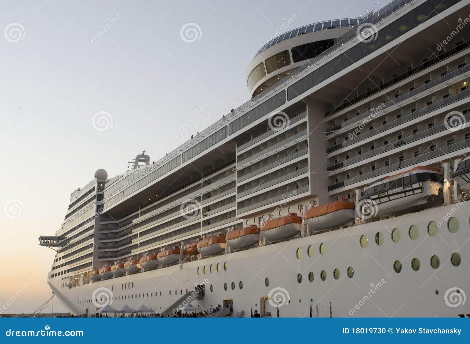 Cruise Ship Photographers Fitbudha Com