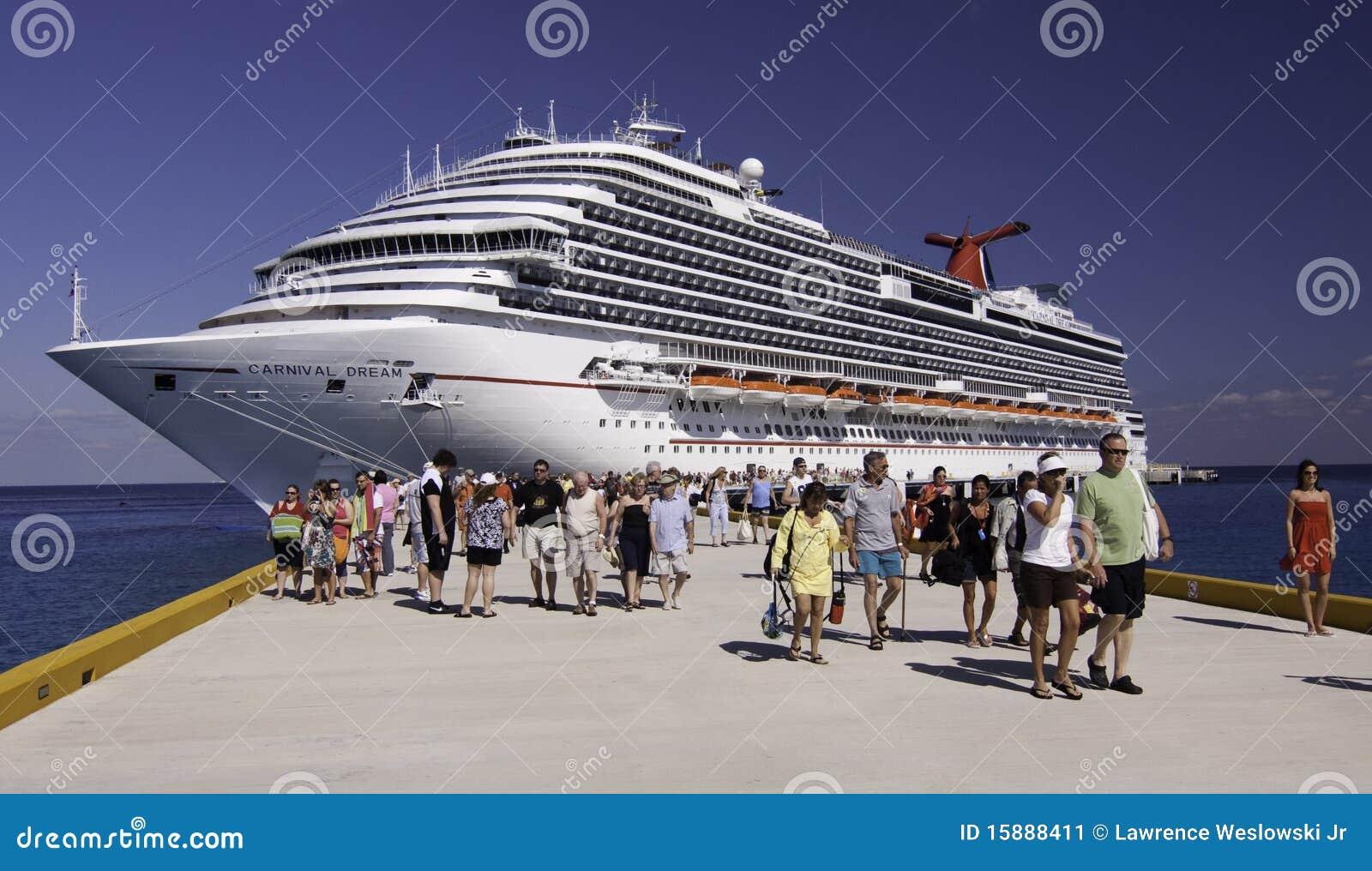 Cruise ship - Carnival Dream in Cozumel