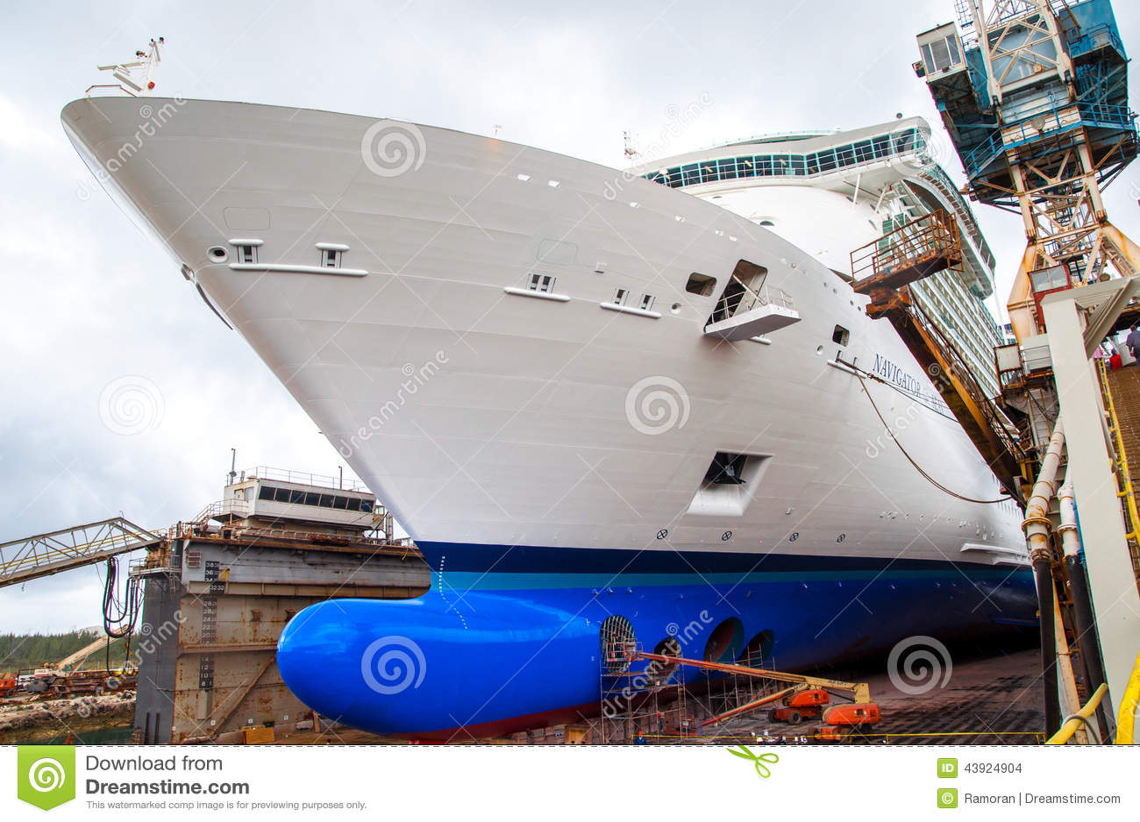 Cruise Ship Drydock Editorial Stock Image - Image 43924904