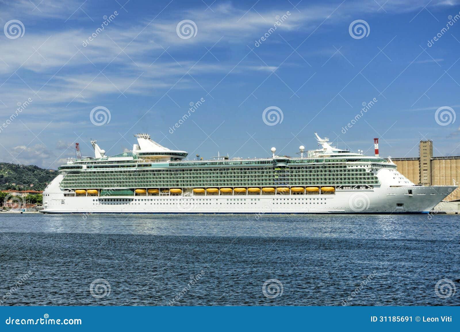 incontri la spezia cruise Cuneo