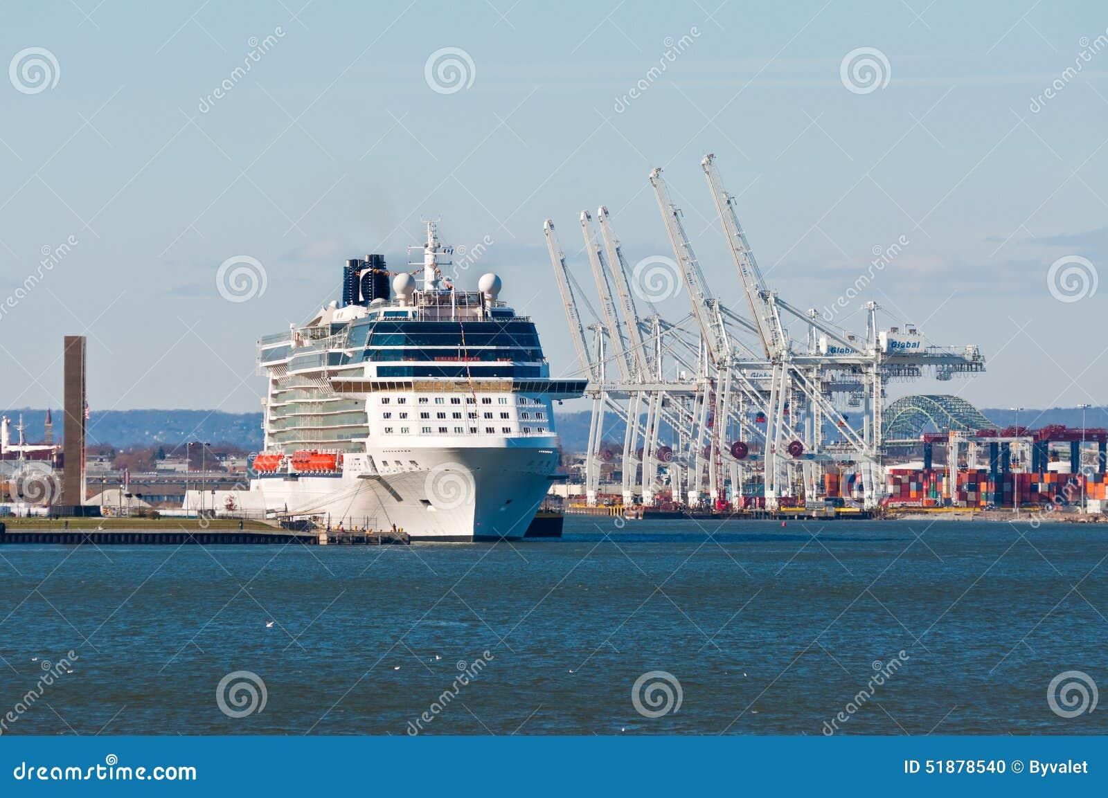 Cruises From New York - NYC Cruises | CruisesOnly