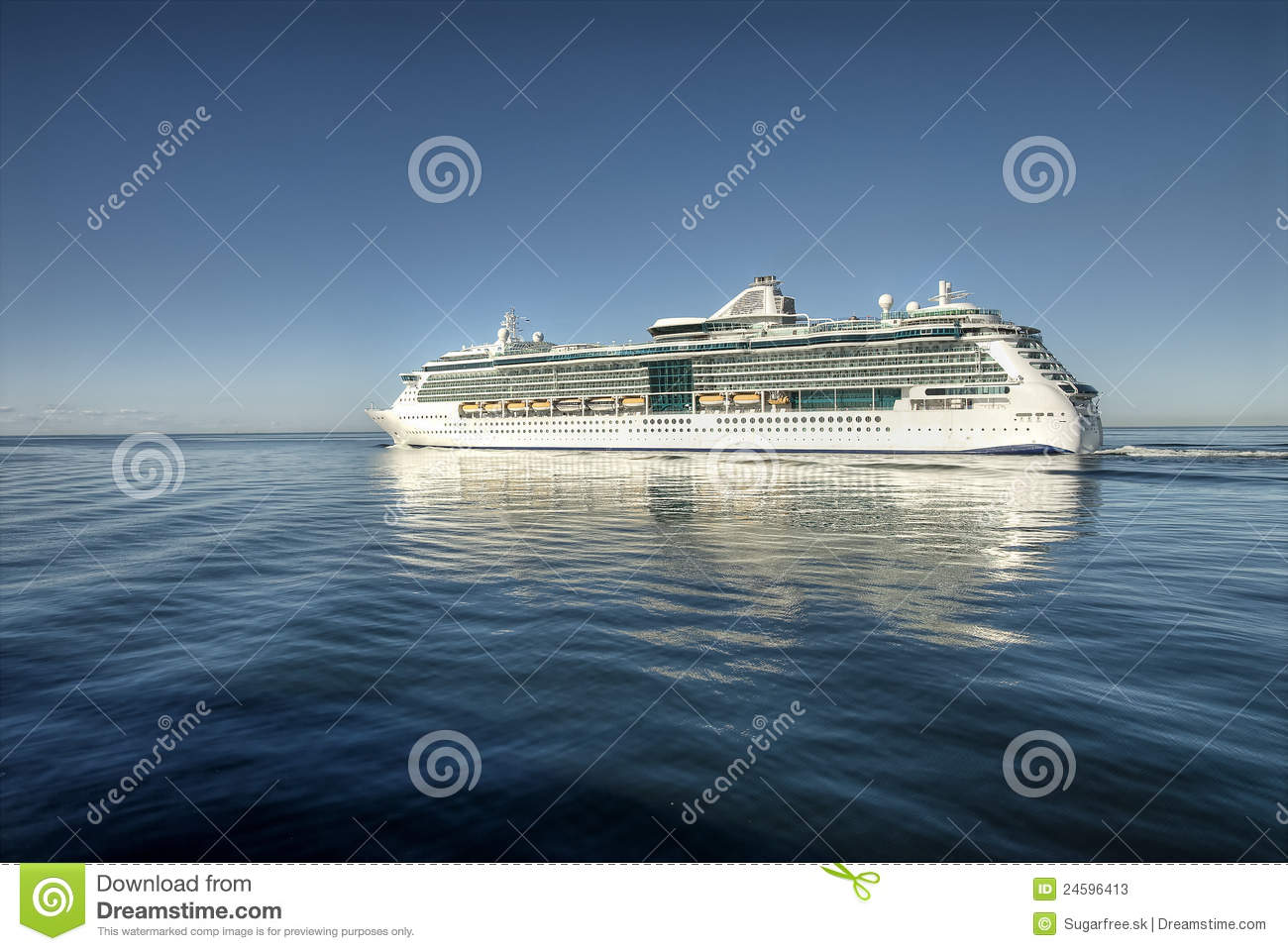 Cruiser and seascape royalty free stock photography for Blue sea motor inn