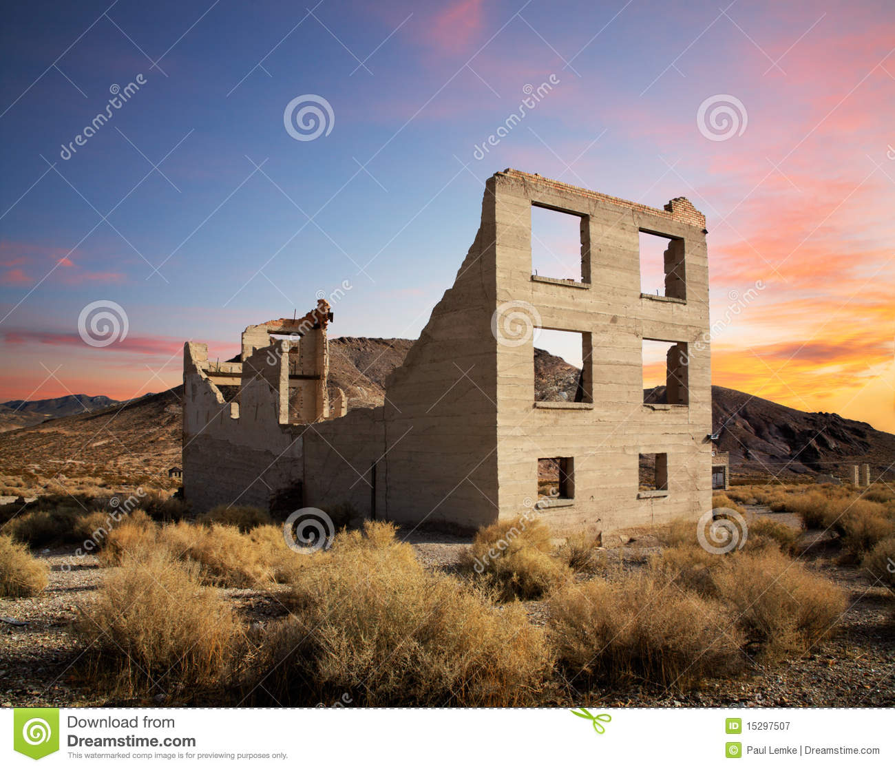 Crumbling building royalty free stock photography image for Construct a house online