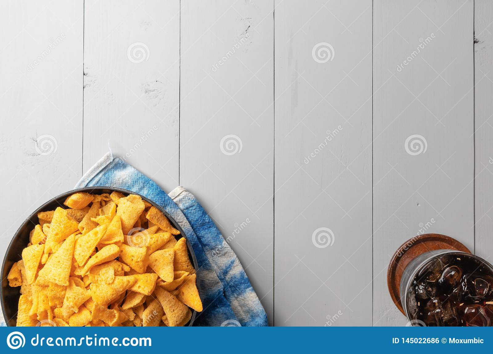 Crunchy kukurydzana rożek przekąska
