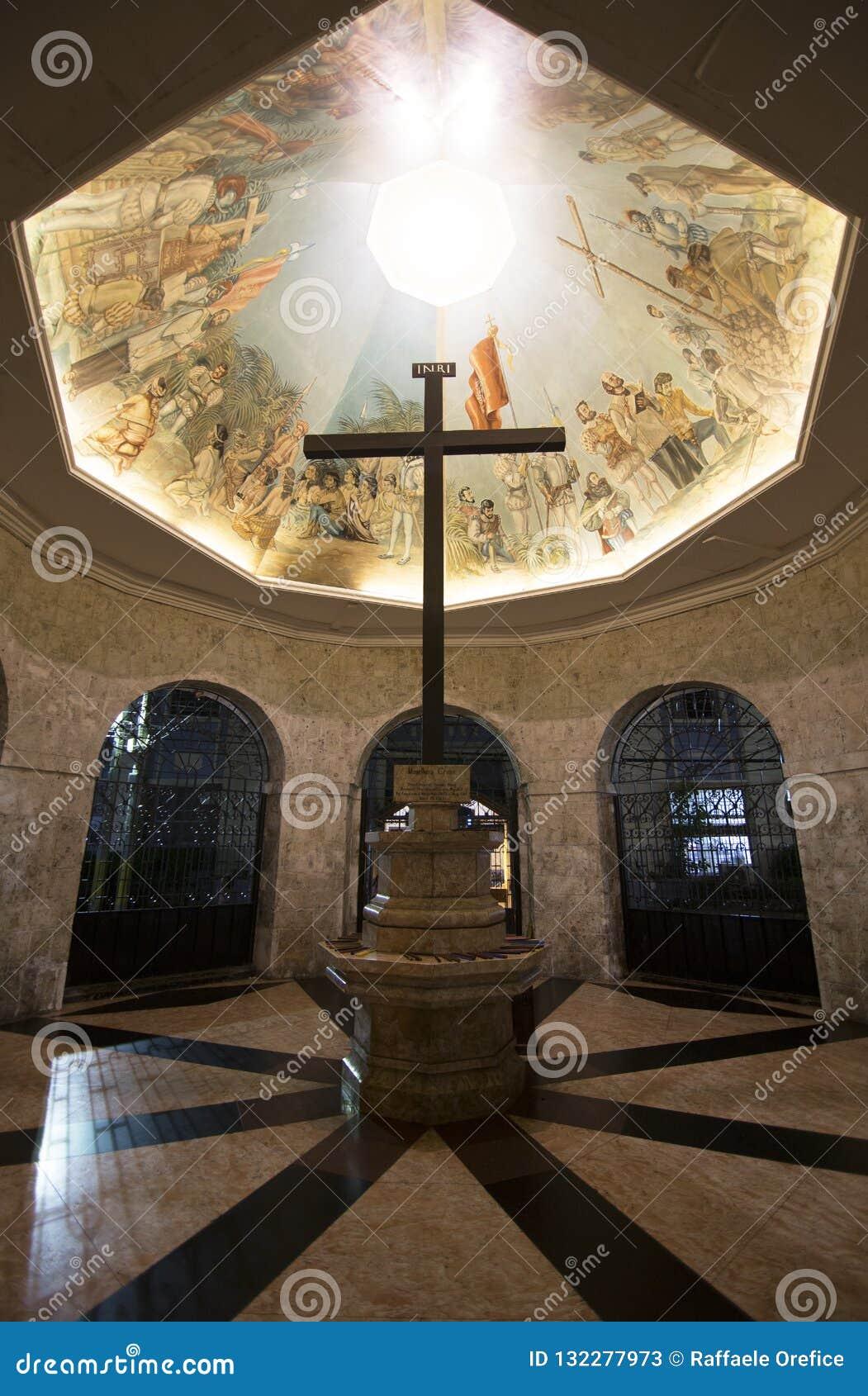 Cruz de Magellans na capela em Cebu
