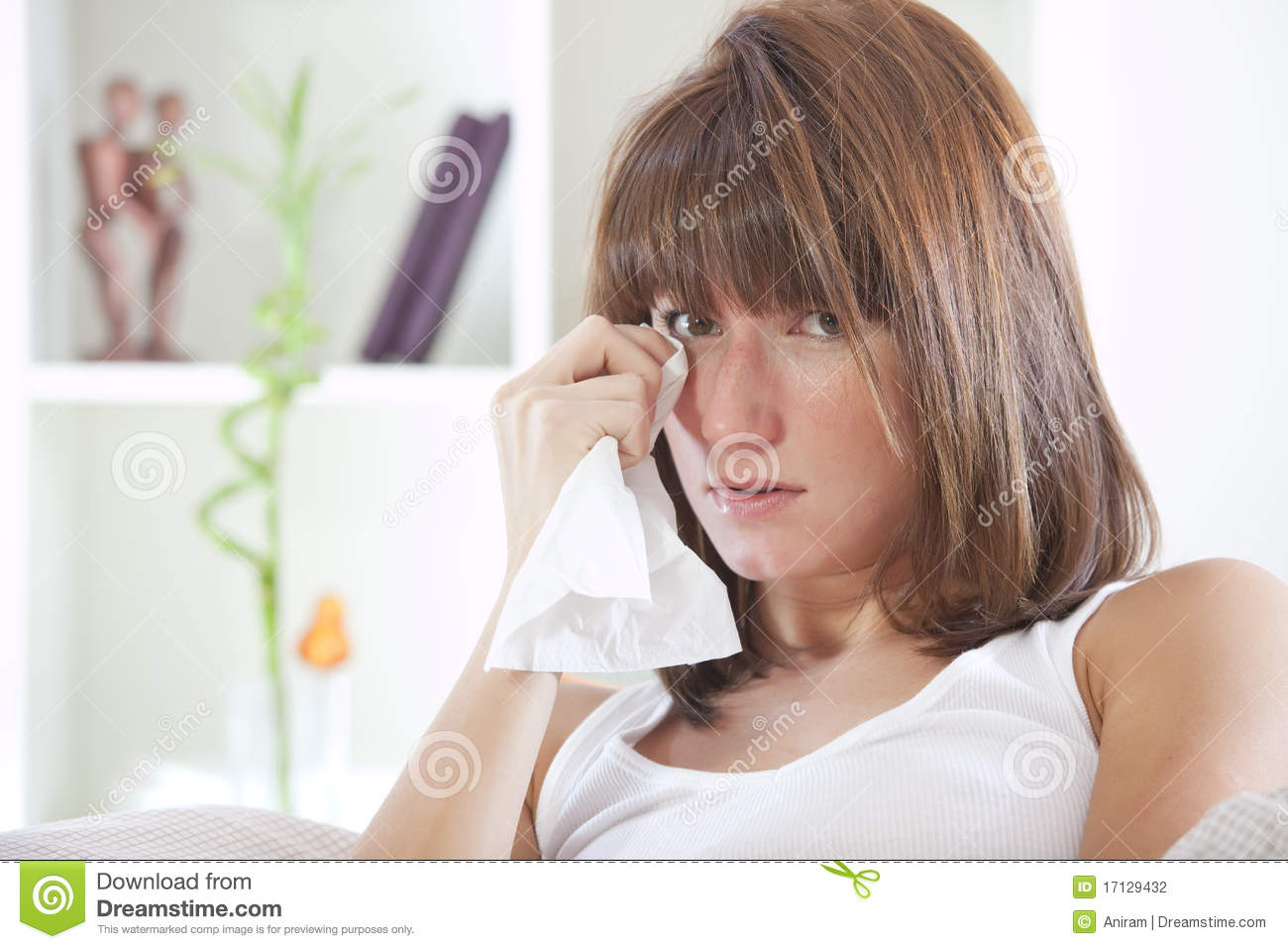 woman crying in bed crying woman in bed stock photography image 17129432 3631