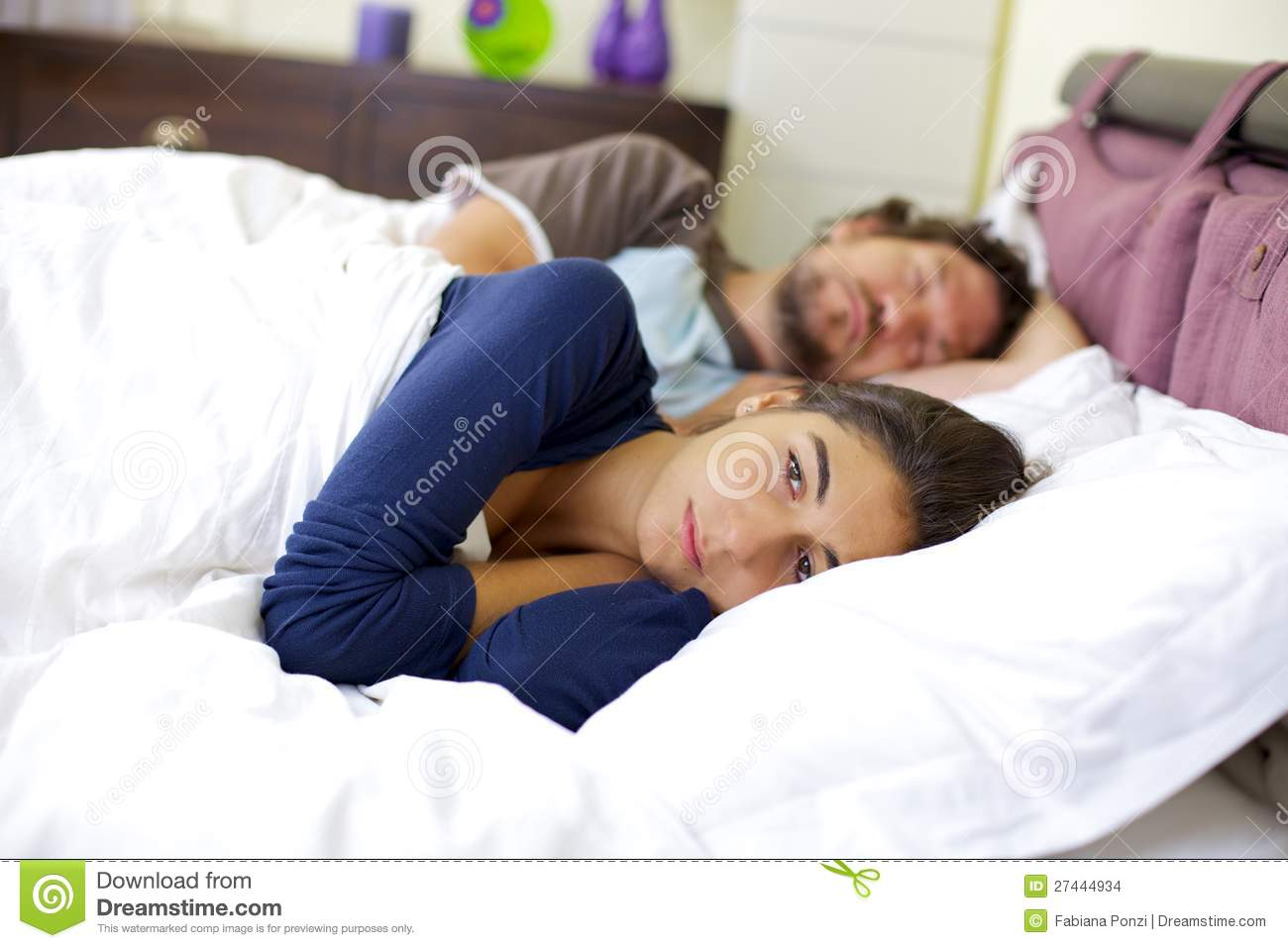 woman crying in bed crying woman in bed problems in relationship stock images 4751