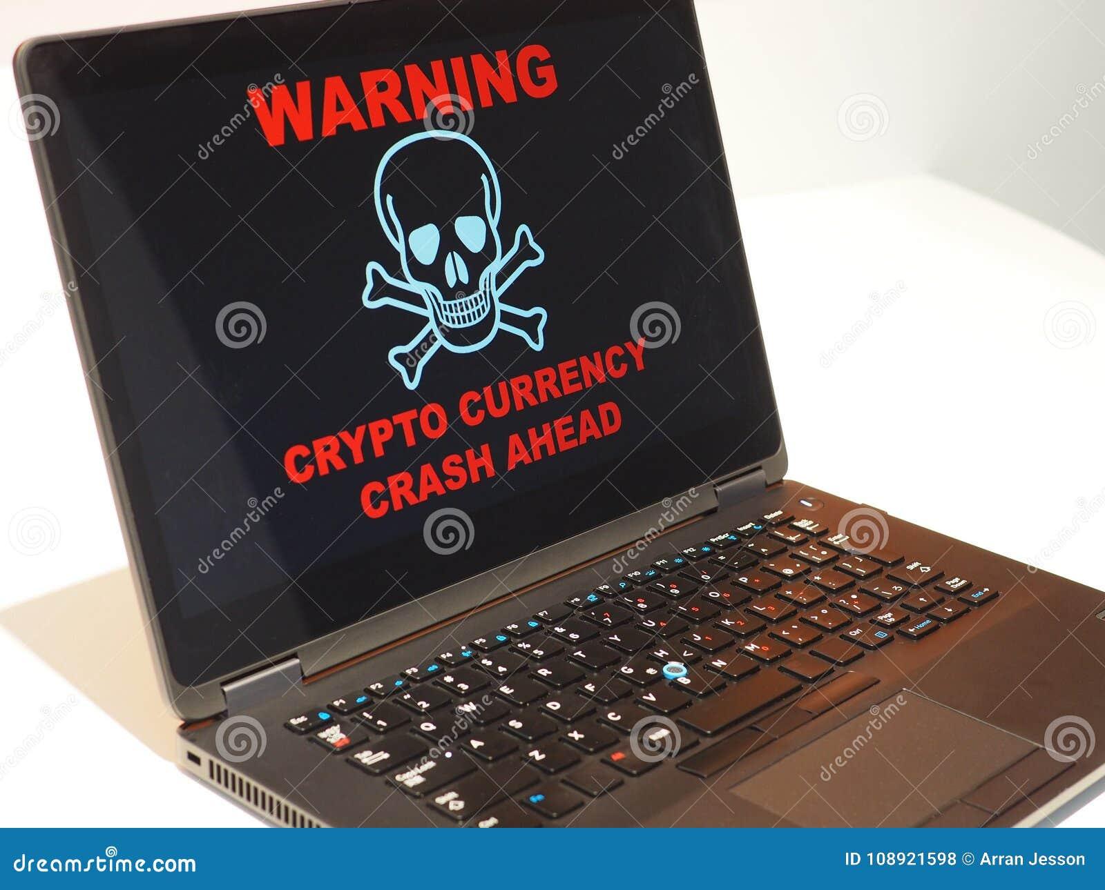 Crypto valutakraschvarning Varna på bärbar datorskärmen