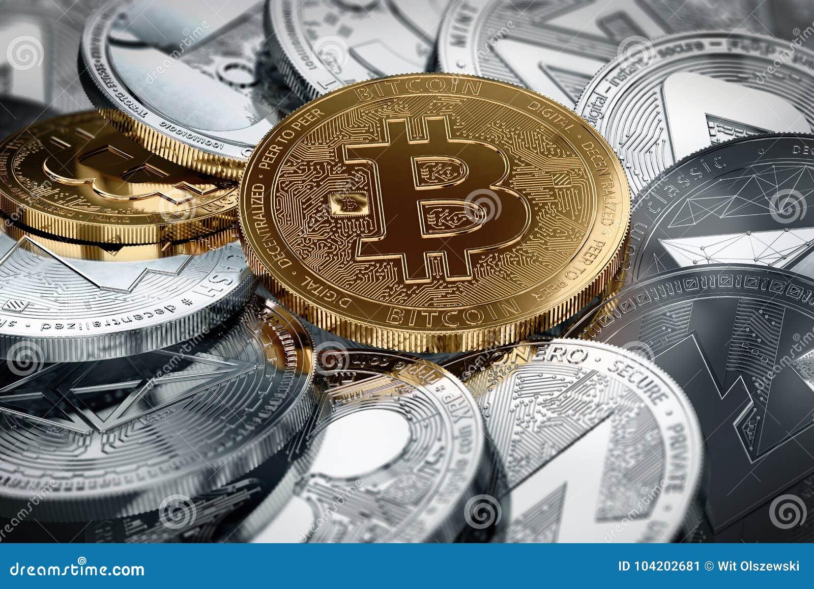 Cryptocurrencies differenti e un bitcoin dorato nel mezzo nel colpo del primo piano Concetto differente di cryptocurrencies