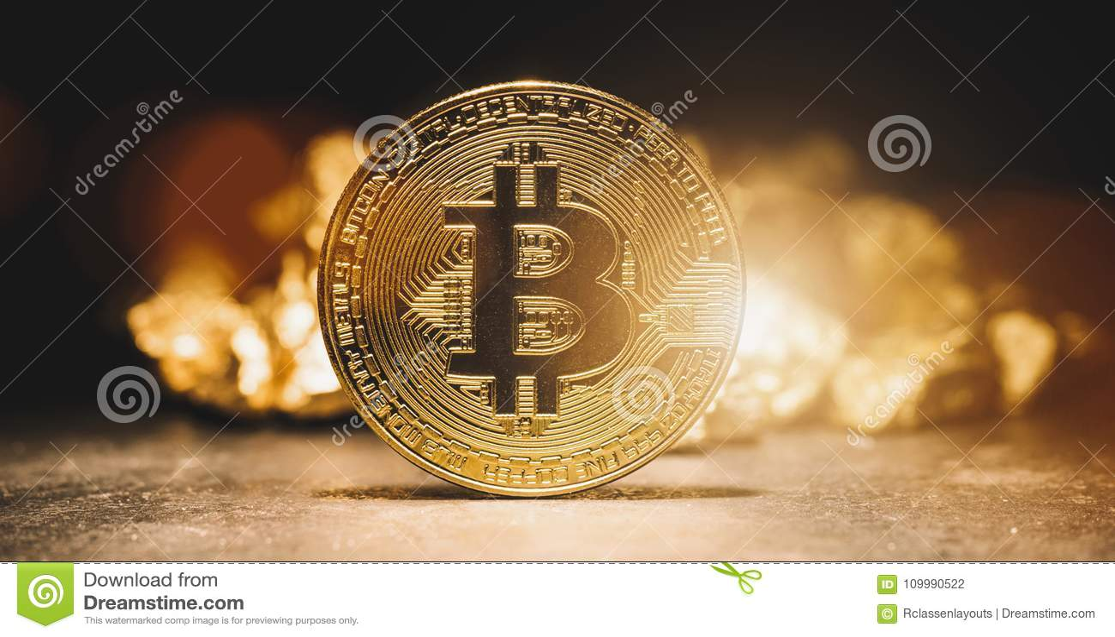 Cryptocurrency Bitcoin i kopiec złoto - Biznesowy pojęcia imago