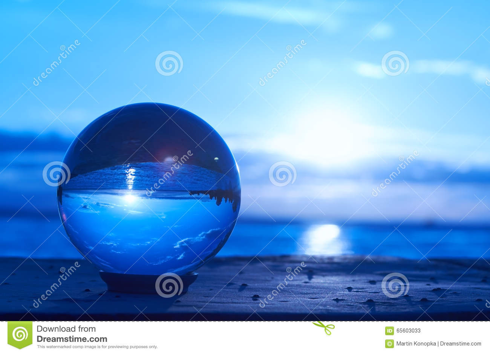 https://thumbs.dreamstime.com/z/crystal-ball-sun-sets-over-lake-constance-germany-lit-65603033.jpg