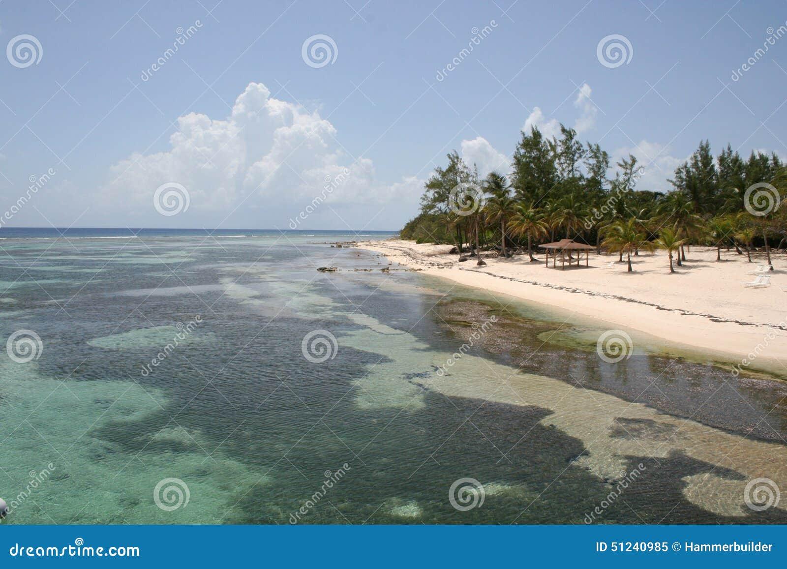 Tropical Island Beach Hut: Beach Hut On Tropical Island Stock Photography