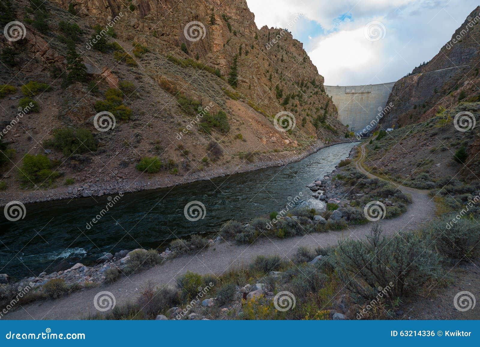 Vorratsbeh Lter dam gunnison river colorado stockfoto bild 63214336