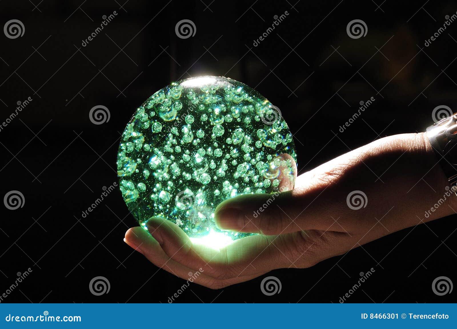 Crystal grön hand för boll