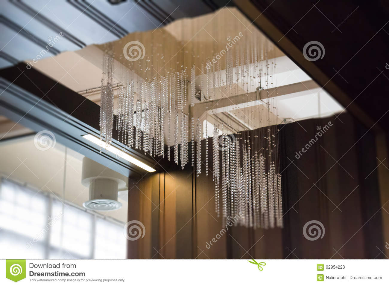 Crystal Line Mobiles Chandelier From-Plafond