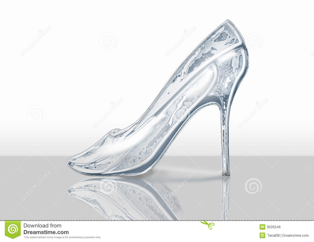 There is a crystal shoe with reflexion for the Cinderella.