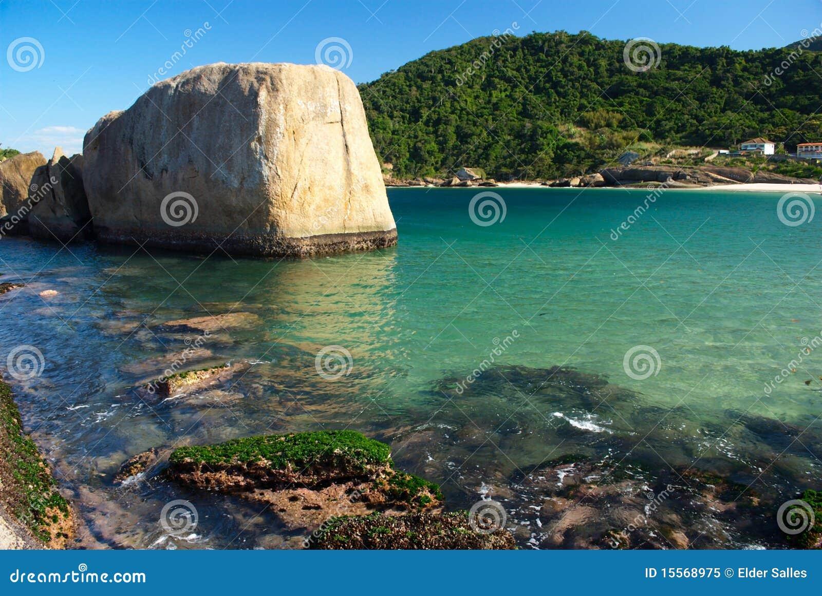 3c6805218 Crystalline Sea Beach In Niteroi, Rio De Janeiro Stock Image - Image ...