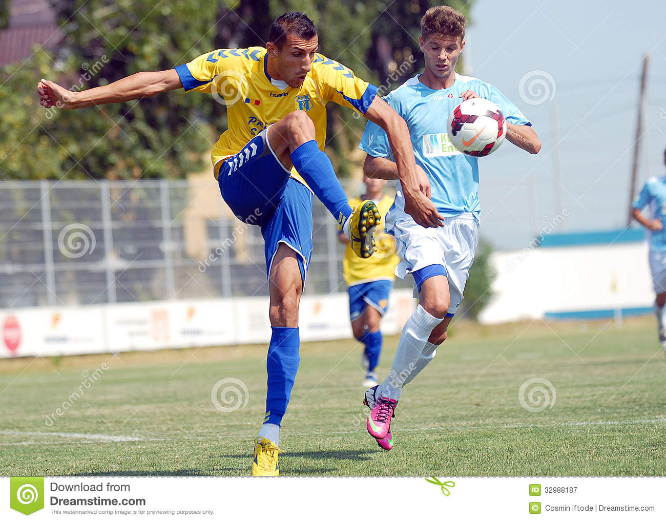Steaua Bucharest- CSU Craiova Editorial Photo - Image of ...