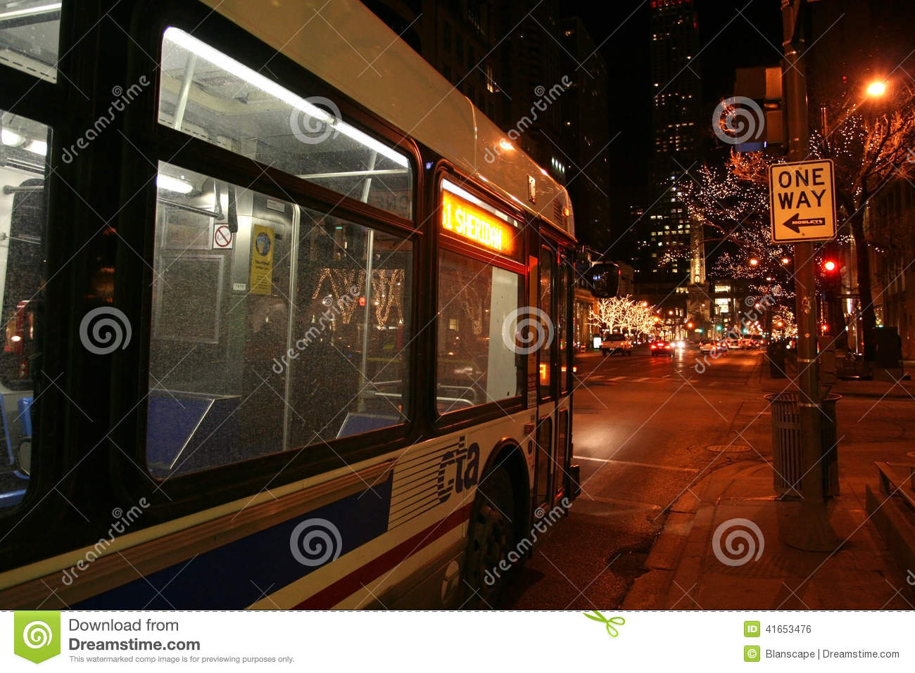 CTA Bus In Chicago Downtown At Night Editorial Photo - Image of