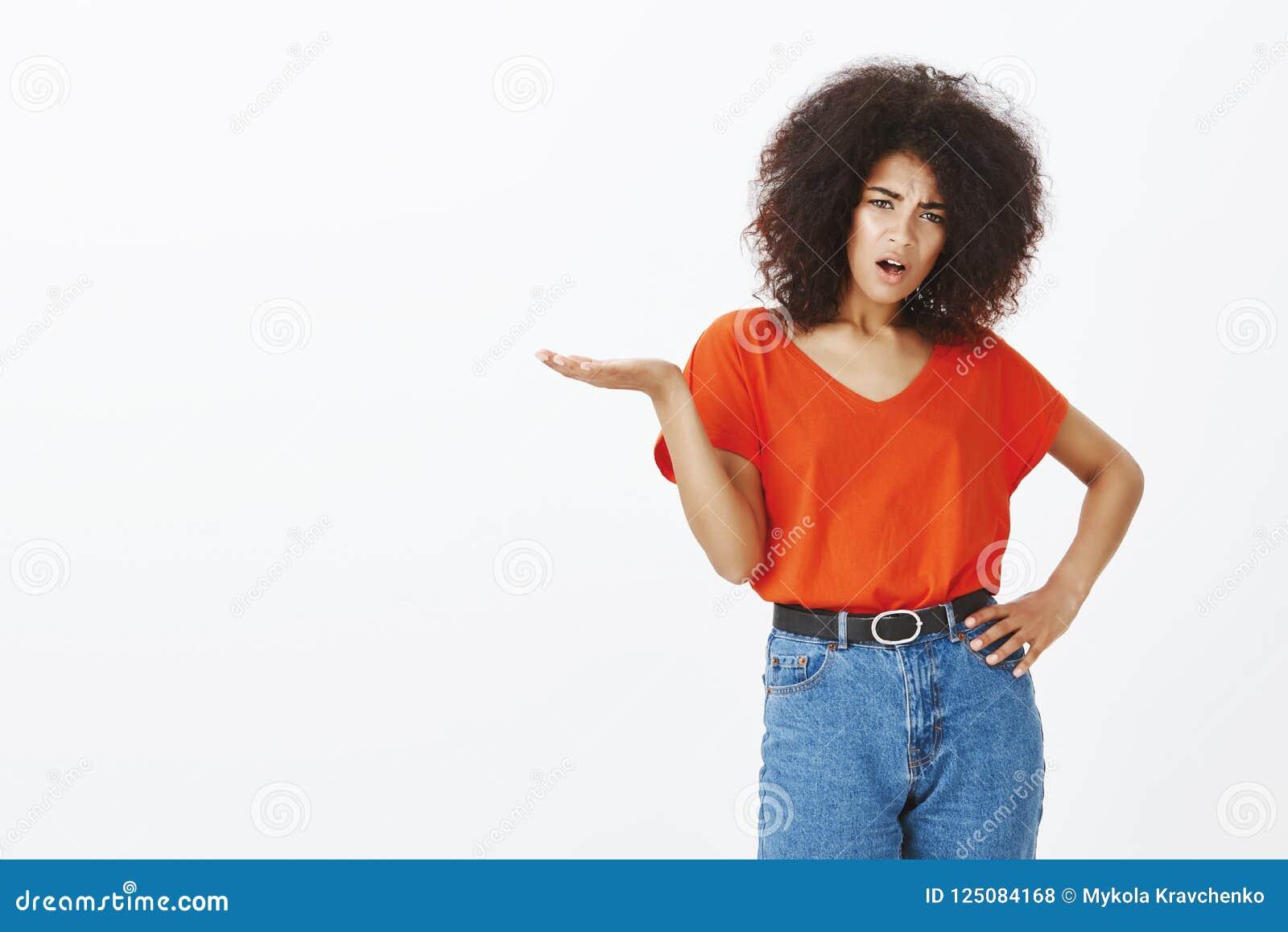 Cuál Es Su Punto Hombre Mujer De Piel Morena Atractiva