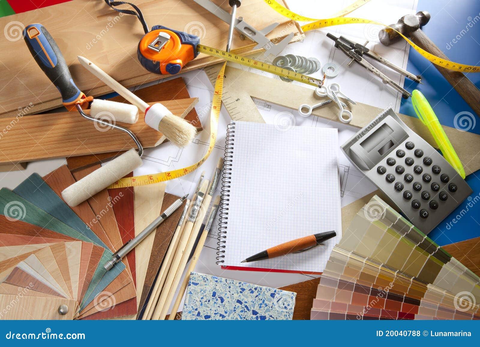 Cuaderno espiral del lugar de trabajo del dise ador del for Escritorio arquitecto