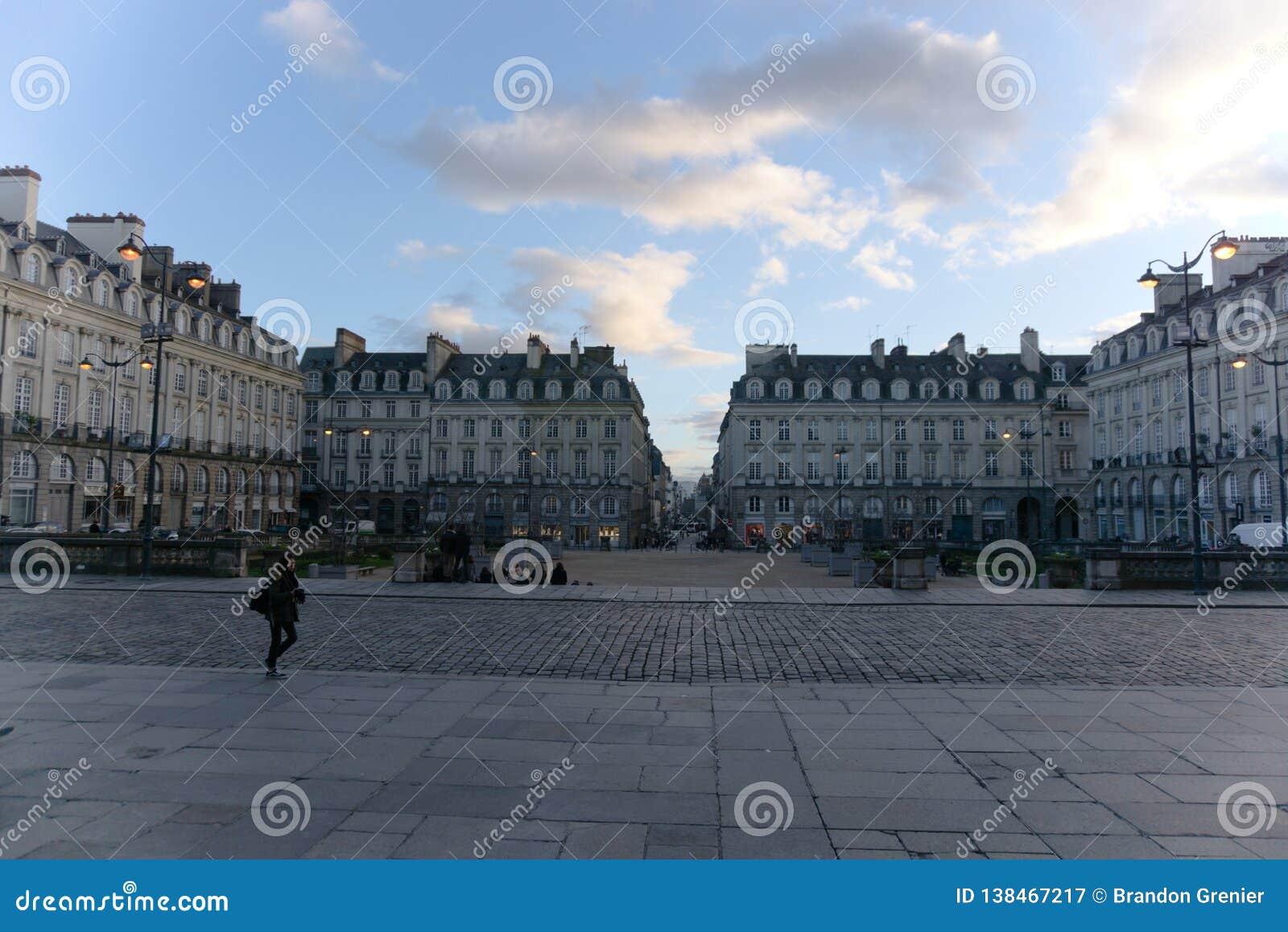 Cuadrado Rennes Francia del parlamento