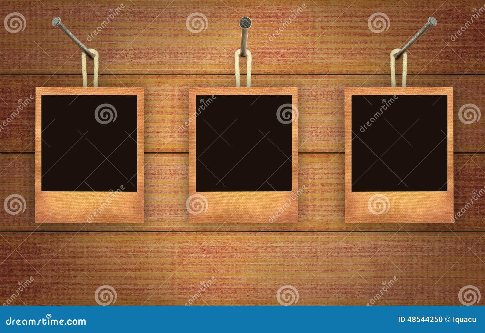 Cuadros colgantes foto de archivo. Imagen de cuadro, fotos - 48544250