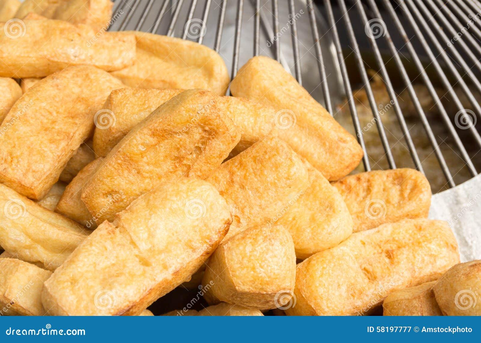 Cuajada de habichuelas frita, comida vegetariana