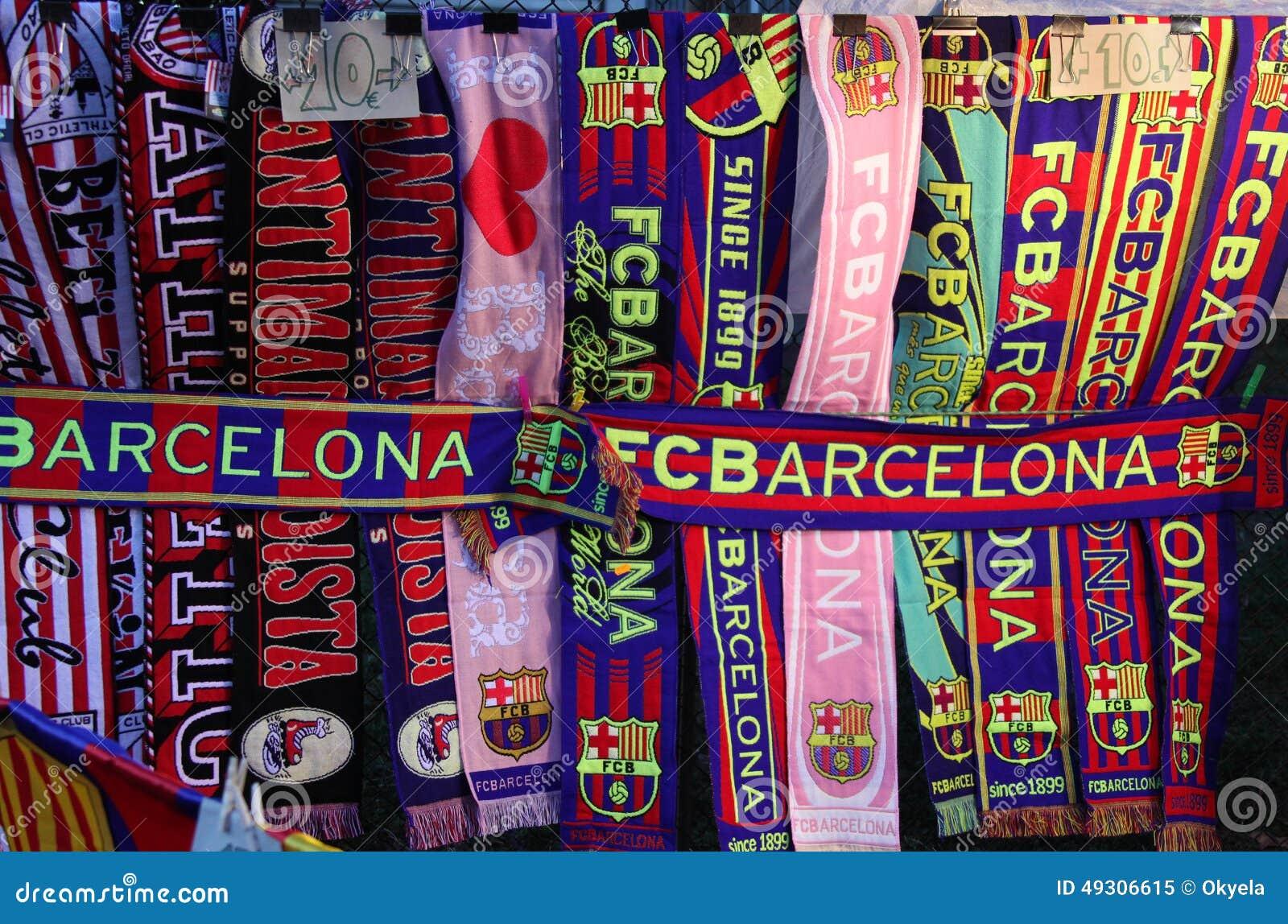 Cualidades Del FC Barcelona Bufandas Del Club Del Fútbol Imagen de ... af1af8cd53a