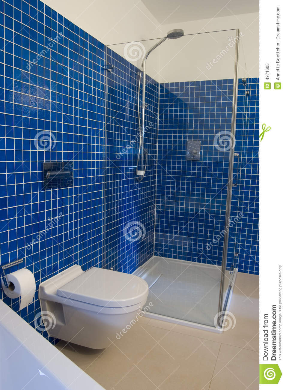 Baños Azules Modernos:Modern Blue Bathroom with Tile