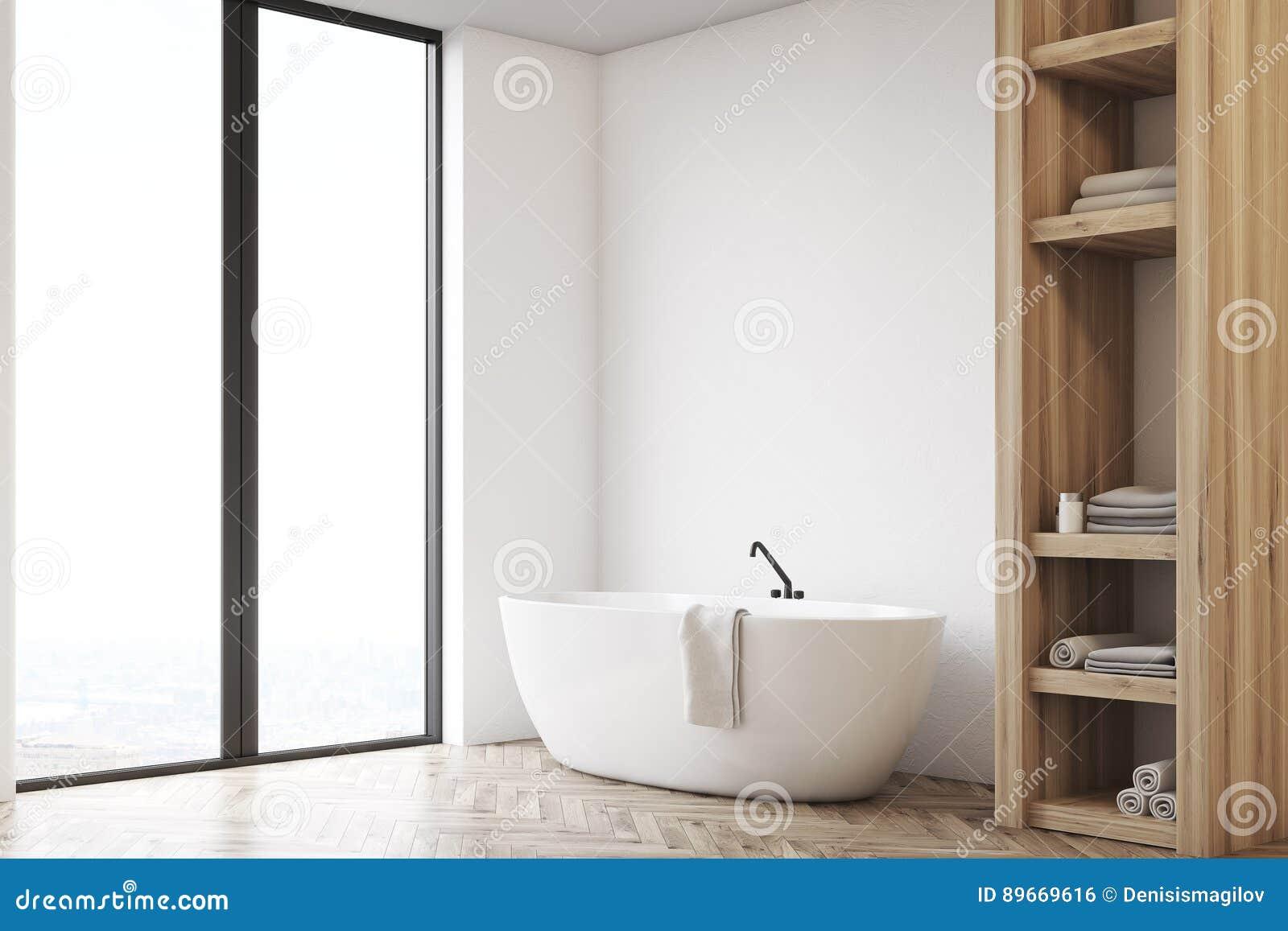 Cuarto De Baño Con El Armario Y La Pared Blanca, Lado Stock de ...