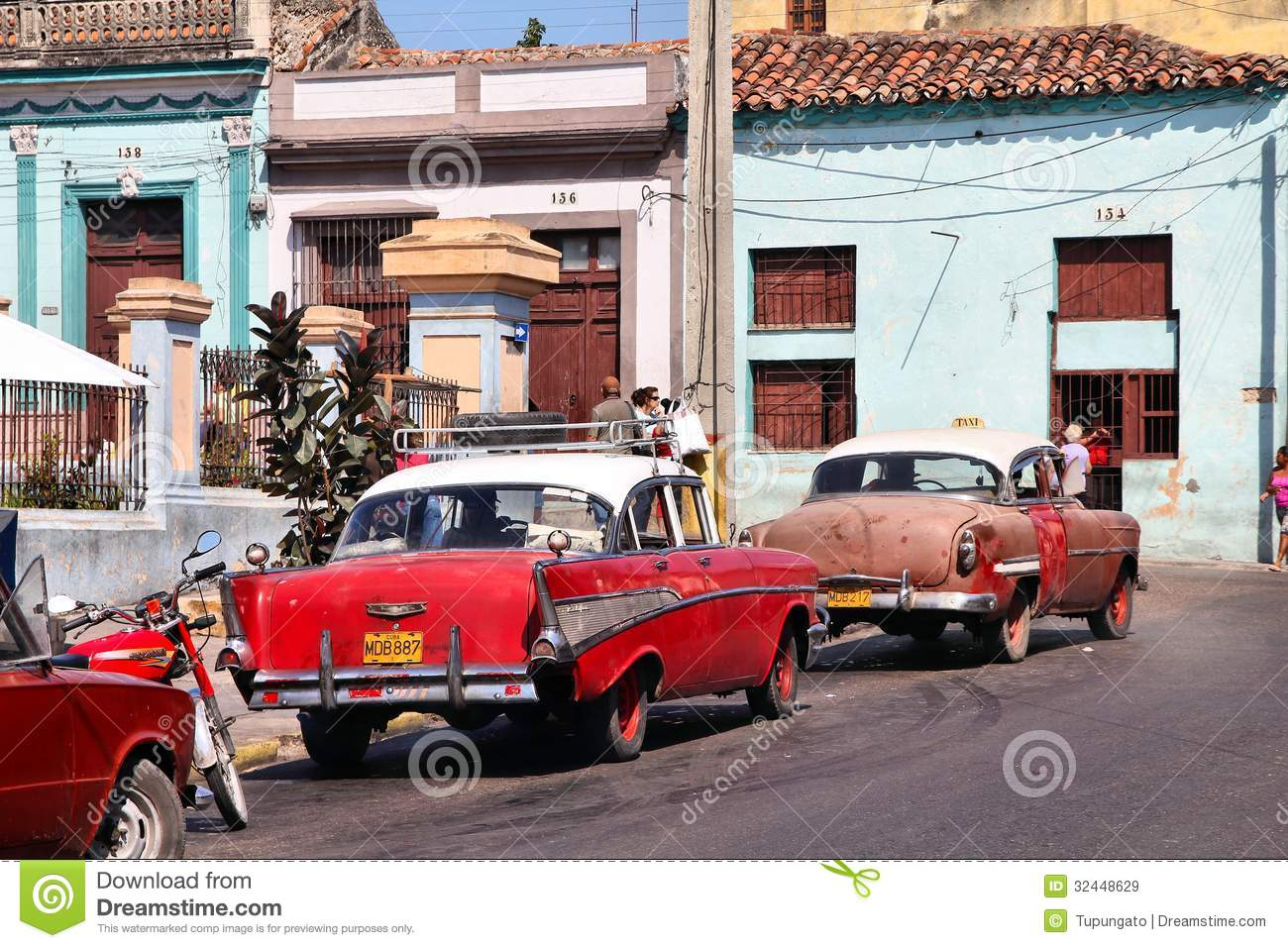 Cuba Allows New Cars