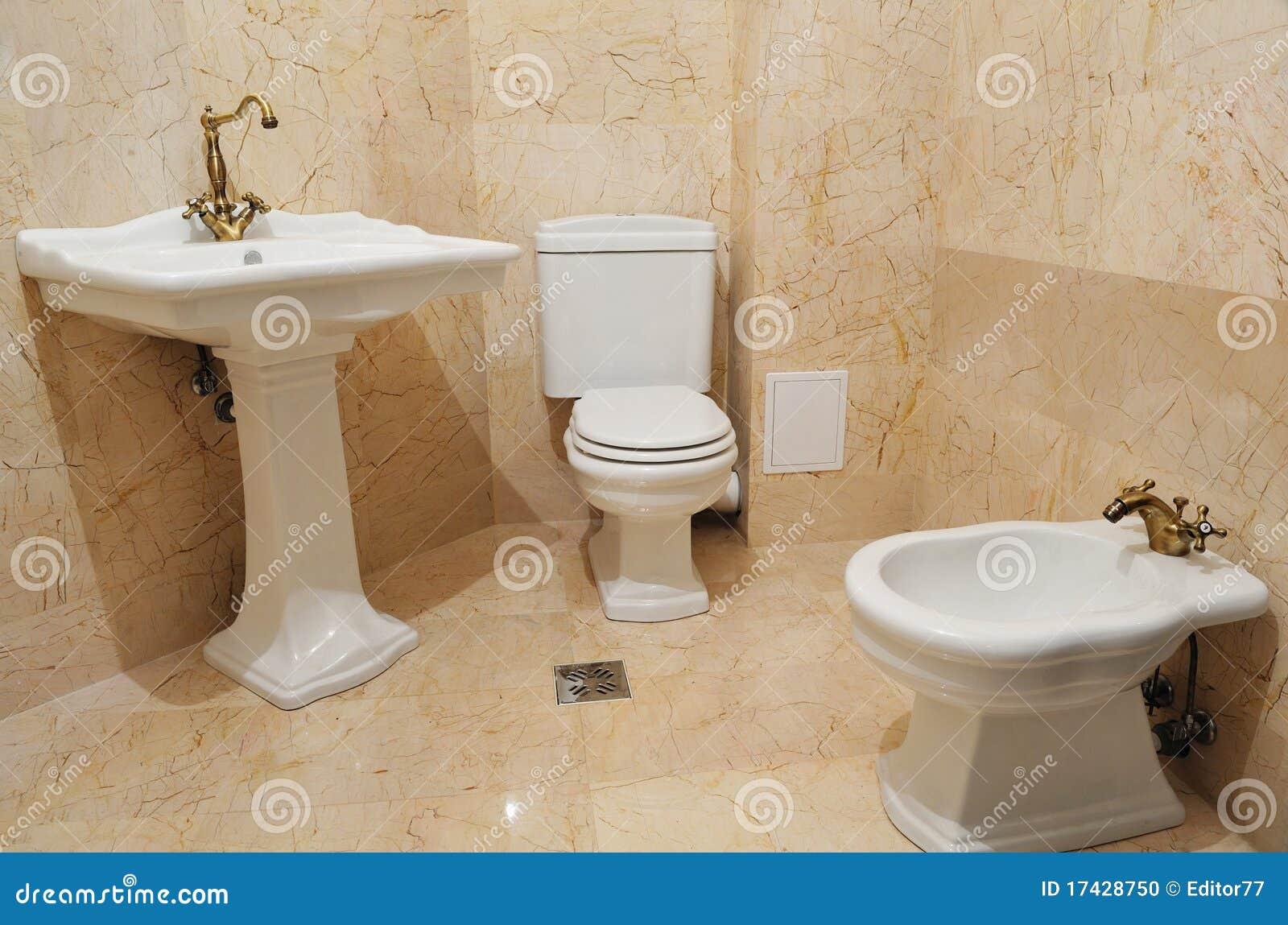 Cuba E Dissipador Internos Do Banheiro Foto de Stock  Imagem 17428750 -> Cuba Banheiro Marrom