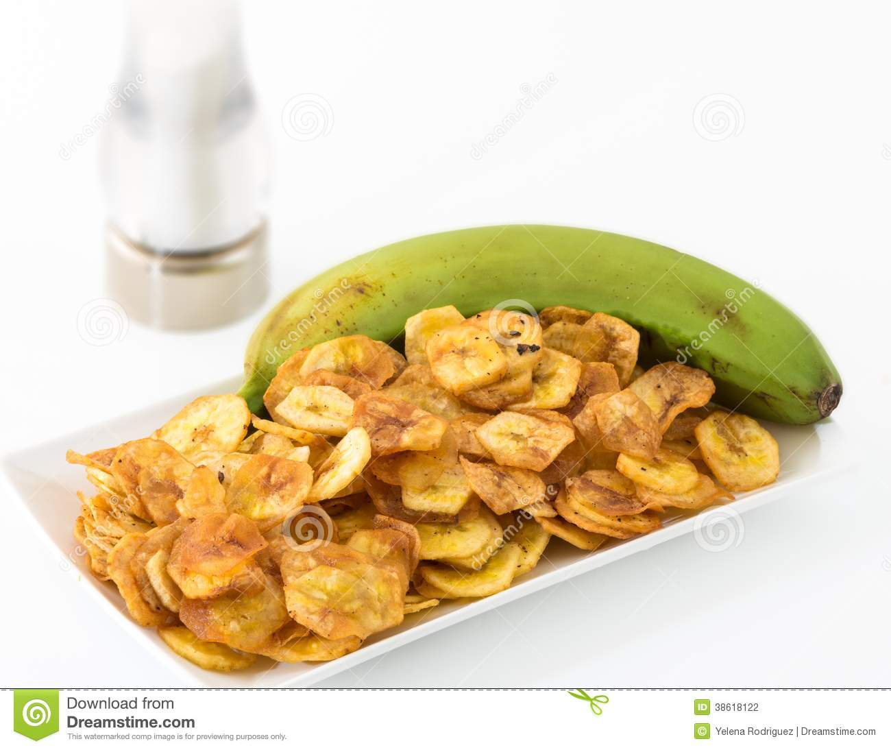 Cuban cuisine traditional green banana chips stock for Cuisine on the green