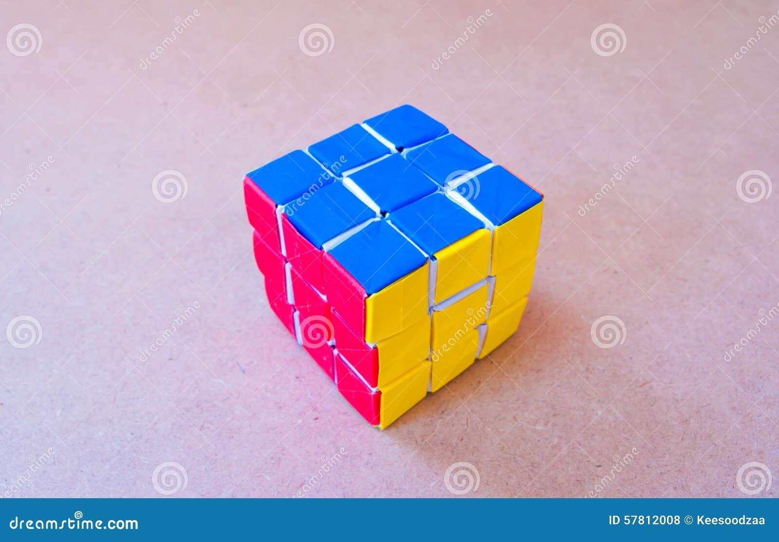 cube de papier en rubik photo stock ditorial image 57812008. Black Bedroom Furniture Sets. Home Design Ideas