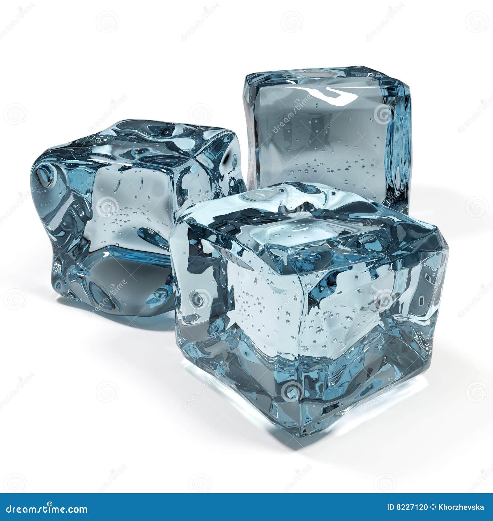 Cubos de hielo aislados en el fondo blanco