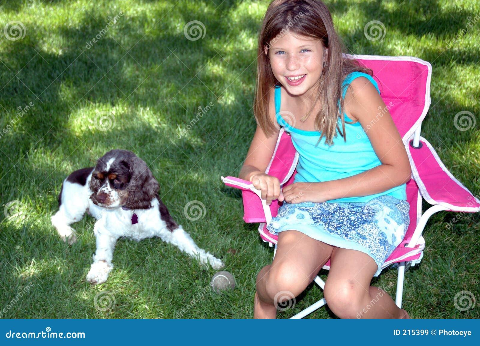 Cucciolo e ragazza 1