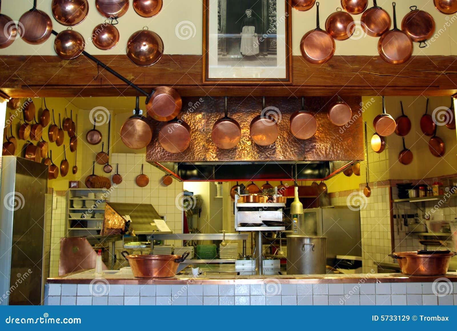 Cucina antica immagine stock. Immagine di tradizionale - 5733129
